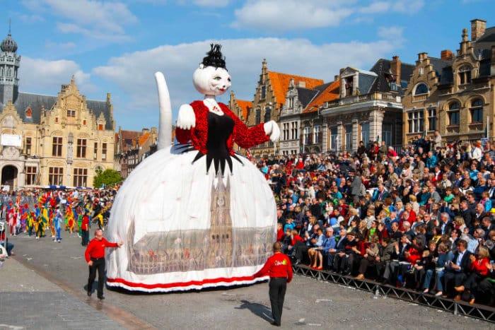 Кошачий фестиваль в Бельгии